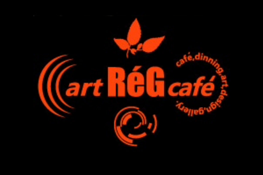 アートレッグカフェ